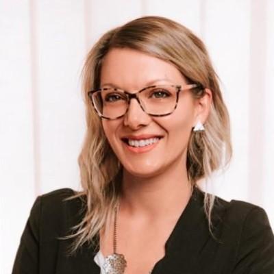 Stefania Folloni  - Dietologo